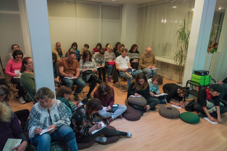 Vidaes-Book-Presentation-02